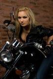 Seksowna dziewczyna na motocyklu Obraz Stock