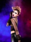 Seksowna kobieta jest dancingowym dyskoteką Obraz Royalty Free
