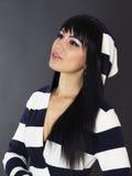 Seksowna kobieta z długim czarni włosy. Zdjęcia Royalty Free
