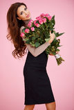 Seksowna kobieta z walentynek różami Zdjęcia Royalty Free