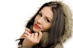 Seksowna młoda brunetki dziewczyna w jesieni. obrazy stock