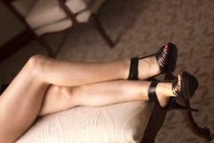 Seksowna nogi młoda dama Zdjęcia Royalty Free