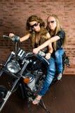 Seksowne dziewczyny na motocyklu Obraz Stock
