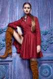 Seksowny kobieta smokingowego kostiumu inkasowego biznesu przyjęcia mody styl Zdjęcia Royalty Free