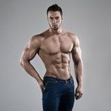 Seksowny mężczyzna w studiu Obraz Royalty Free