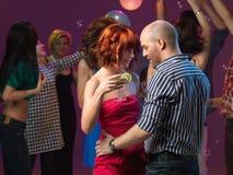 Seksowny pary taniec, target294_0_ w noc klubie Obraz Royalty Free