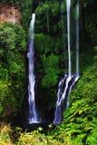 Sekumpul vattenfall fotografering för bildbyråer