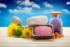 Sel, fleurs et pierres de Bath Photo stock