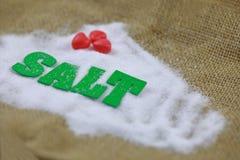Sel naturel de mer avec le caractère vert de sel Images libres de droits