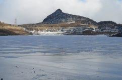 Sela Lake på Sela Pass på hten av 13700ft, västra Kameng Arkivfoto
