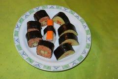 Selbst gemacht, Sushi-Maki stockfoto