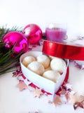 Selbst gemachte Bonbons in einem Kasten Lizenzfreies Stockfoto
