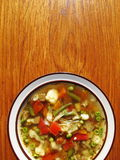 Selbst gemachte Gemüsesuppe Stockfoto