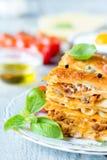 Selbst gemachte Lasagne Lizenzfreie Stockfotos