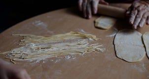 Selbst gemachte Nudeln und selbst gemachter Teig Lizenzfreies Stockfoto