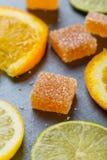 Selbst gemachte orange Fruchtmarmeladensüßigkeit Lizenzfreie Stockfotografie