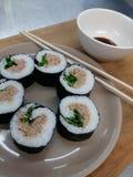 Selbst gemachte Paleo-Sushi Lizenzfreie Stockfotos