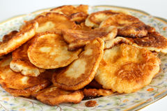 Selbst gemachte Pfannkuchen nannten buhti Lizenzfreies Stockbild
