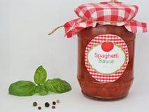 Selbst gemachte Spaghettisoße Stockfoto