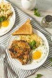 Selbst gemachter Fried Breakfast Pork Chops Stockfotografie