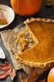 Selbst gemachter Kürbiskuchen für Thanksigiving Lizenzfreies Stockfoto