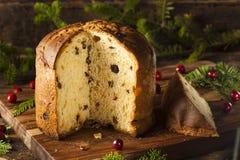 Selbst gemachter Panettone-Frucht-Kuchen stockbilder