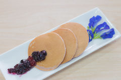 Selbst gemachter Pfannkuchen Lizenzfreies Stockfoto
