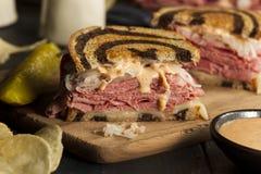 Selbst gemachter Reuben Sandwich Stockbild