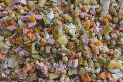 Selbst gemachter Salat vom Gemüse und von einem Schinken Lizenzfreie Stockfotos