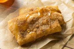 Selbst gemachter tiefer Fried Mexican Sopapillas lizenzfreies stockbild