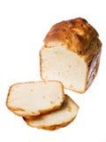 Selbst gemachtes Brot auf einem weißen Hintergrund Stockfotos