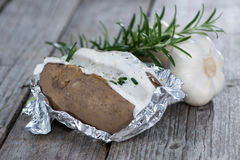 Selbst gemachtes gebackenes Potatoe Stockfotos