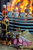 Selbst gemachtes tincure mit französischer Salami Stockfotos