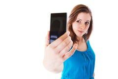 Selbstporträt mit Handy Stockbilder