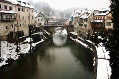 Selca Sora flod - Skofja Loka - Slovenien royaltyfri foto