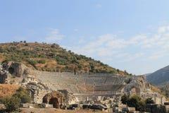 以弗所古城的古董废墟的圆形露天剧场在Selcuk,土耳其 免版税图库摄影