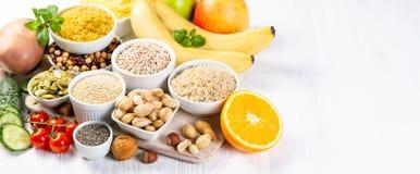 Seleção de boas fontes dos hidratos de carbono Dieta saudável do Vegan imagem de stock royalty free