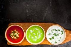 Seleção de sopas de refrescamento frias do verão Imagem de Stock Royalty Free