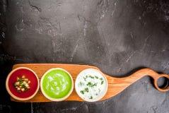 Seleção de sopas de refrescamento frias do verão Imagem de Stock