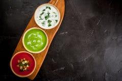 Seleção de sopas de refrescamento frias do verão Fotografia de Stock Royalty Free