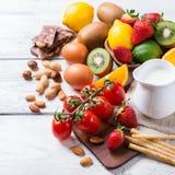 Selección de comida de la alergia, concepto sano de la vida Imagen de archivo