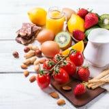 Selección de comida de la alergia, concepto sano de la vida Foto de archivo