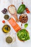 Selección de comida nutritiva - corazón, colesterol, diabetes fotos de archivo