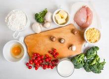 Selección de ingredientes para la quiche Lorena Imagen de archivo