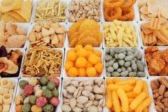 Selección de los snacks imagen de archivo