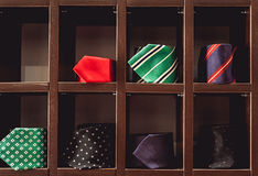 Selección grande de corbatas de seda clásicas fotografía de archivo libre de regalías
