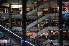 Selecteer Stadsgang is een favoriete wandelgalerij onder de nieuwe middenstand van New Delhi, India Stock Foto