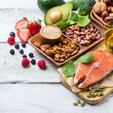 Selectie van gezond voedsel voor hart, het levensconcept royalty-vrije stock foto's