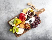 Selectie van kaas en voorgerechten stock fotografie