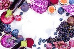 Selectie van purper voedsel royalty-vrije stock afbeeldingen